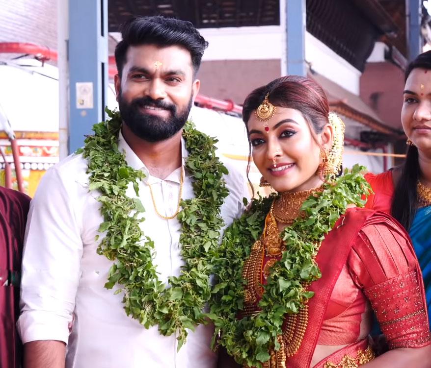 Dhurga-Krishnan-Wedding-pho